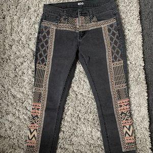 BDG Twig leg embroidered black skinny denim